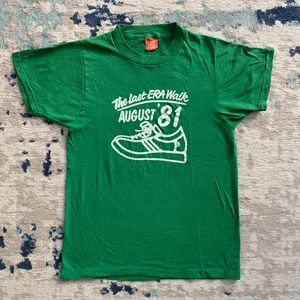 Vintage 80s Screen Stars Sneakers T-shirt Tee USA
